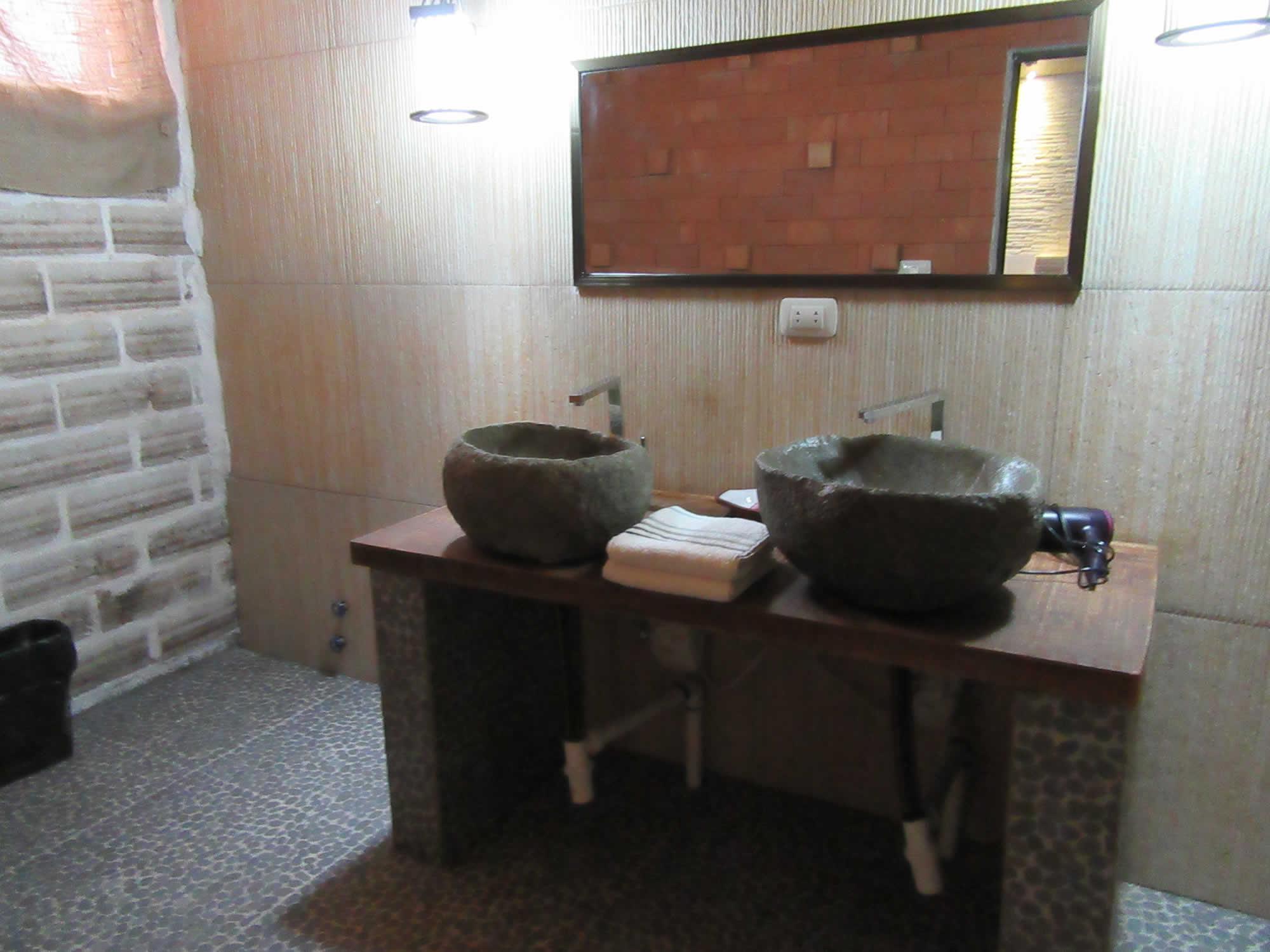 Casa Andina bathroom