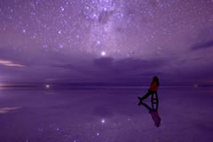 Sit back, relax and enjoy the starry sky in Uyuni.